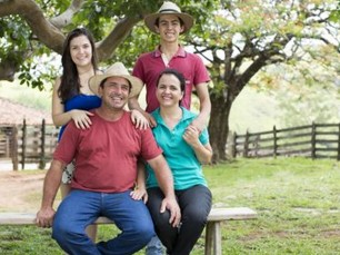 Carlos, Solange e filhos